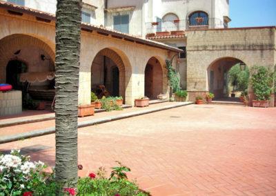 villa-per-ricevimenti-sant-agata-de-goti (28)
